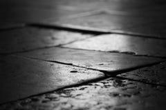 大理石地板在教会里 免版税库存图片