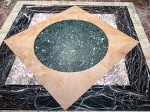 大理石地板在普希金状态博物馆大厅里  图库摄影