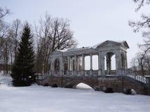 大理石桥梁在凯瑟琳公园 圣彼德堡 俄国 免版税库存照片