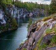 大理石猎物在Ruskeala公园在卡累利阿共和国,俄罗斯 免版税库存照片