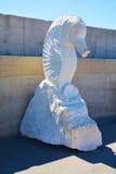 大理石白马雕象,波尔托阿祖罗,在厄尔巴岛海岛,意大利 图库摄影