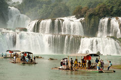 大田镇瀑布(贞洁天堂瀑布)在中国 免版税库存照片