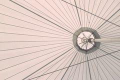 大白色帆布屋顶帐篷结构  免版税库存照片