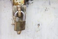 大皮带锁定。 免版税库存图片