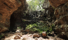 大石灰石洞 库存照片