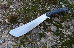 大砍刀顶视图的照片 有一把精采刀片的刀子 免版税库存照片