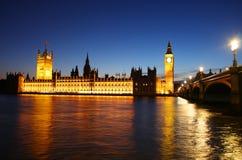 大笨钟和议会在伦敦 库存照片