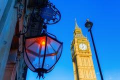 大笨钟在伦敦,英国 免版税库存照片
