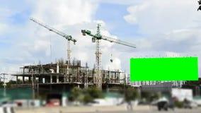 大绿色屏幕广告牌和工地工作 影视素材