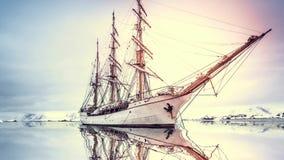大老木帆船探索南极洲 股票录像