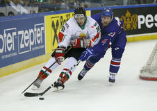 大英国对匈牙利IIHF世界冠军冰球席子 图库摄影