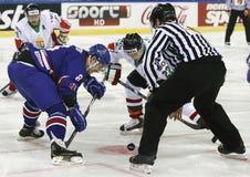大英国对匈牙利IIHF世界冠军冰球席子 库存照片