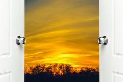 大草原横向和天空 免版税库存照片