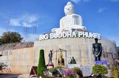 大菩萨雕象或Pra Puttamingmongkol Akenakkiri在普吉岛泰国 免版税库存图片