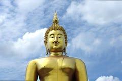 大菩萨wat mong, Angthong 库存照片
