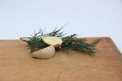 大蒜和莳萝的混合 免版税库存图片