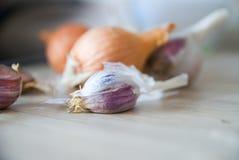 大蒜和葱 图库摄影