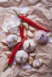大蒜和辣椒 免版税库存照片