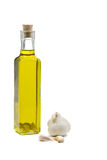 大蒜被灌输的油橄榄 库存照片