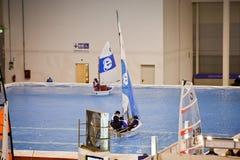 大蓝色商展风船海运小的测试 图库摄影