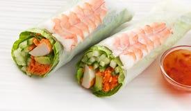 大虾卷沙拉寿司 库存图片