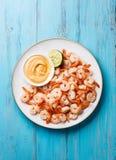 大虾用在板材的开胃用沙司 免版税库存图片