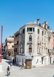 大街在威尼斯,意大利 免版税库存照片