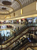 大街菲尼斯购物中心在孟买,印度 库存照片