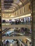 大街菲尼斯购物中心在孟买,印度 免版税库存图片