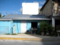 大街Mahahual科斯塔玛雅人金塔纳罗奥州墨西哥 库存照片
