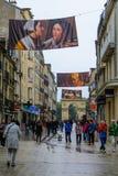 大街rue de la liberte场面在第茂 免版税图库摄影