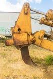 大被放弃的建筑拖拉机 库存图片