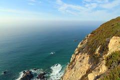 大西洋海岸,从海角罗卡,葡萄牙的看法 图库摄影