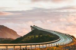 大西洋路在挪威Storseisundet 图库摄影