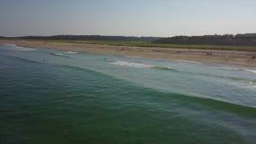 大西洋、波浪和海滩天线在鳕鱼角,麻省 股票视频