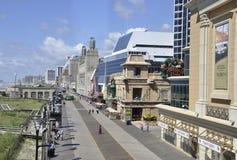 大西洋城, 8月4日:赌博娱乐场和旅馆从大西洋城手段在新泽西 库存照片