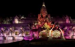 大象剧院,普吉岛泰国的普吉岛FantaSea宫殿 免版税库存照片