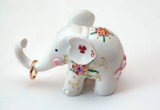 大象小的白色 免版税图库摄影