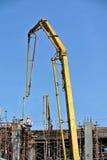 大象起重机或混凝土泵起重机 免版税库存照片