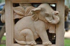大象雕塑庭院 库存图片