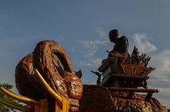 大象雕象三头 库存图片