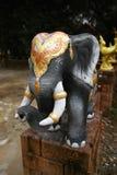 大象雕象,寺庙在泰国 免版税图库摄影
