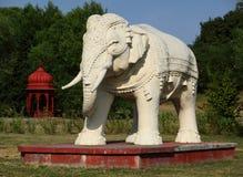 大象雕象 免版税库存照片