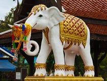 大象雕象 库存图片