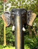 大象顶头雕象 图库摄影