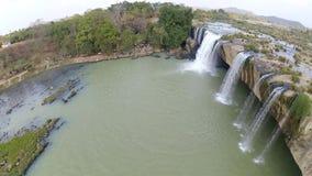 大车努尔瀑布,高原中心,DakLak,越南慢动作视图  影视素材