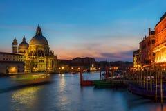 大运河在威尼斯在晚上 库存照片