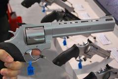 大量的手枪 免版税库存照片