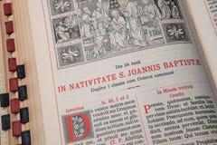 大量礼拜仪式的书定货在拉丁语的-圣若翰洗者 库存图片