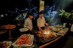 大量seefood被烤在barbecu 免版税库存照片